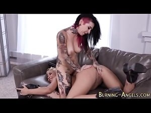 Joanna Angel-Tattooed les licks goth